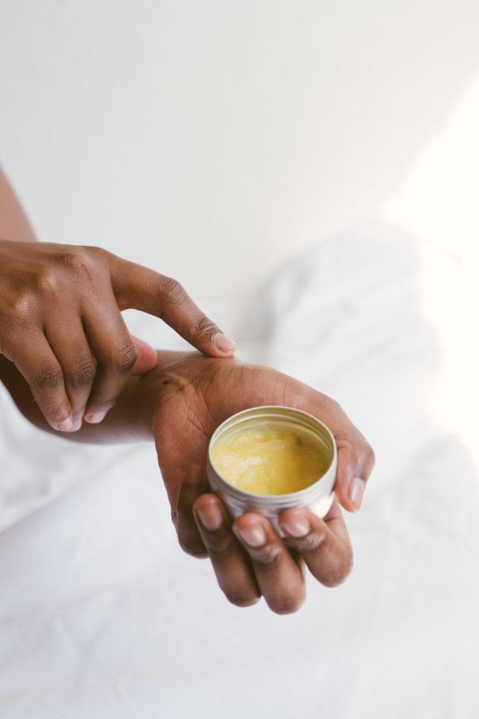 Metody zwiększania przenikania substancji aktywnych w głąb skóry